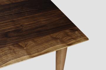 스니카레 월넛 테이블 4인용